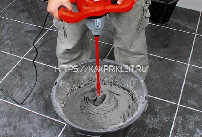 Как замешивать плиточный клей